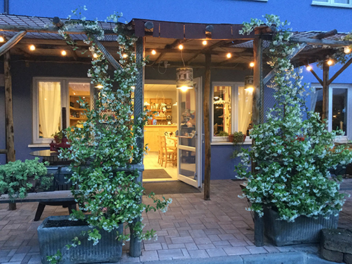 Tavern with Typical Cuisine Lago di Garda
